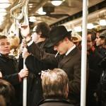 97歳プレイボーイ、地下鉄の遊び場をつくる