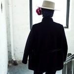 ファッション界を魅了し続ける、あるグランマのお手製帽子
