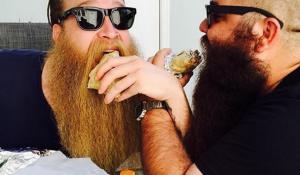 全米最強の髭男は俺だ。