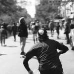 マンハッタンを駆け抜けろ。世界最大のスケートボードレース(違法)!