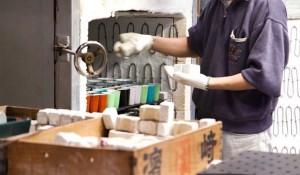 誕生から400年。5代目窯元が挑戦!現代のライフスタイルに踏み込む「有田焼」ビアグラス