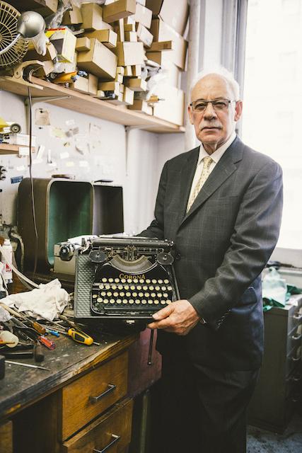 Gramercy Typewriter-103