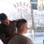 NY発・スピーク・イージースタイルの理髪店「BLIND BARBER」東京上陸。これぞ大人の溜まり場、身と酒を嗜むネオクラシカルな男たちのハブ