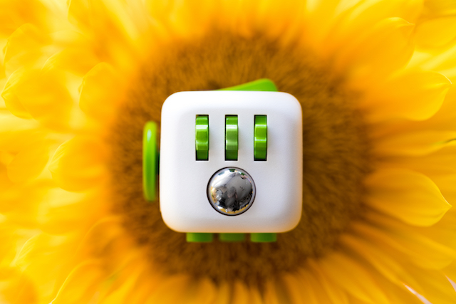 Fidget Cube Kickstarter - 12