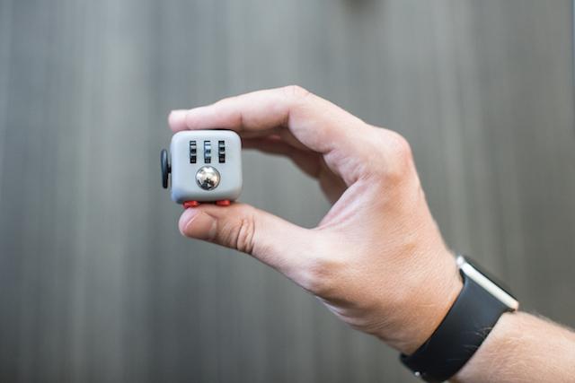 Fidget Cube Kickstarter - 2