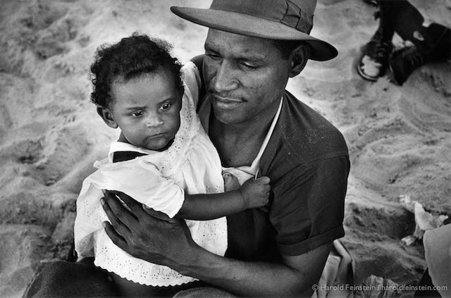 CI-074 Haitian Father and Daughter, Coney Island, 1949