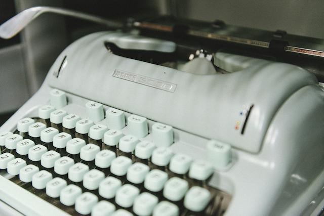 Gramercy Typewriter-20
