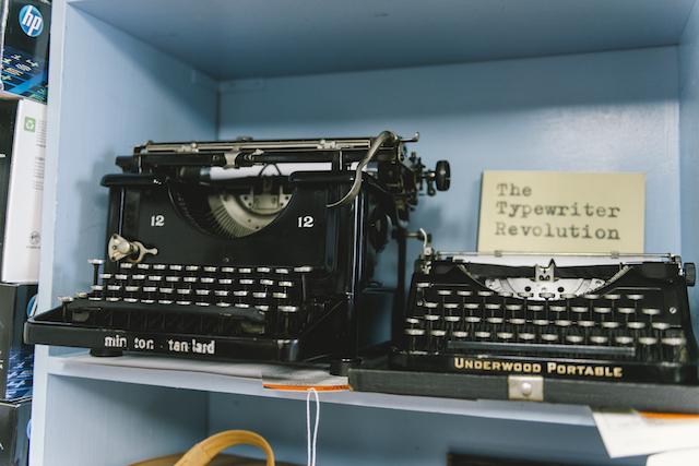 Gramercy Typewriter-32
