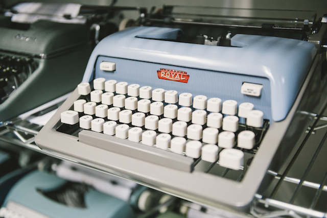 Gramercy Typewriter-60