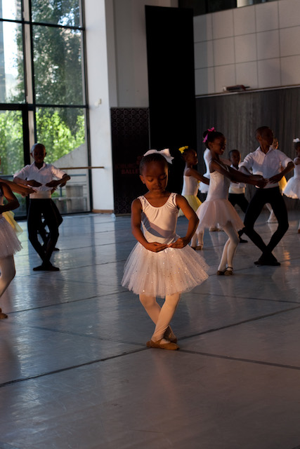 Joburg Ballet School in performance 2015_2_Photo courtesy of Joburg Ballet