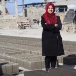 「ブロックで救え!」紛争に荒れた崩壊のガザ地区、一人のミレニアル女子が作る希望の素材とは?