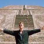 メキシコの太陽に抱かれて。「デヴィッド・ボウイ、音楽を忘れた3日間」未公開プライベート写真でたどるその素顔