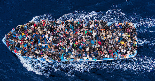MassimoSestini_Polaris_refugee2500