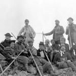 "Mazama Photo VM1993.016 print 03 ""216 Party on the summit of Pinnacle Peak"""