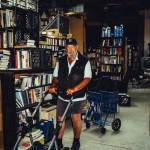 「本という紙に刻まれた情報を所有したい」本を無意識に買う〈ビブリオマニア(蔵書狂)〉の2万5,000冊の生活